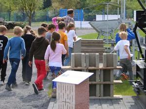 Führung für Kinder im Deutschen Bimsmuseum